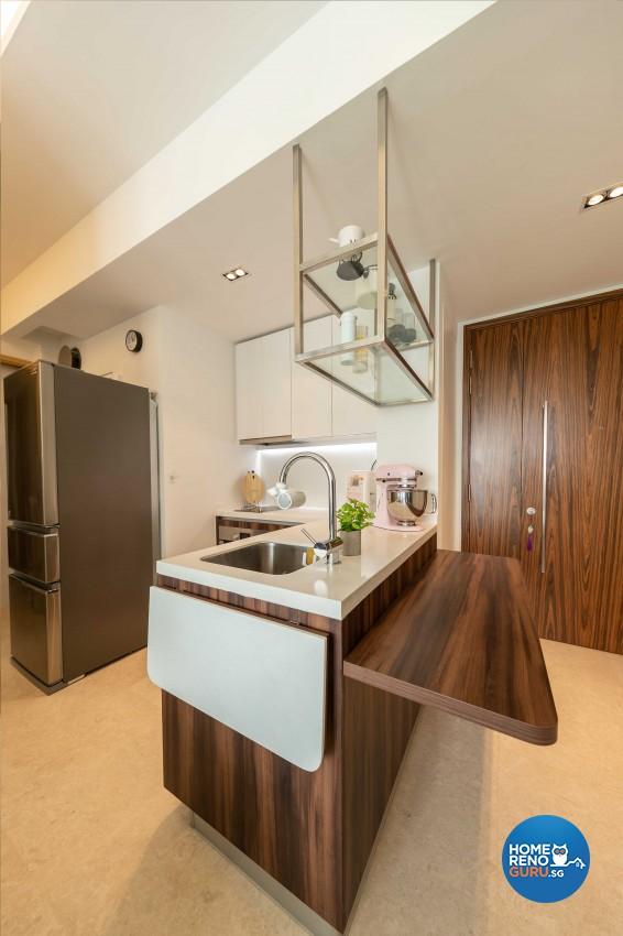 Modern Design - Dining Room - Condominium - Design by Space Vision Design Pte Ltd