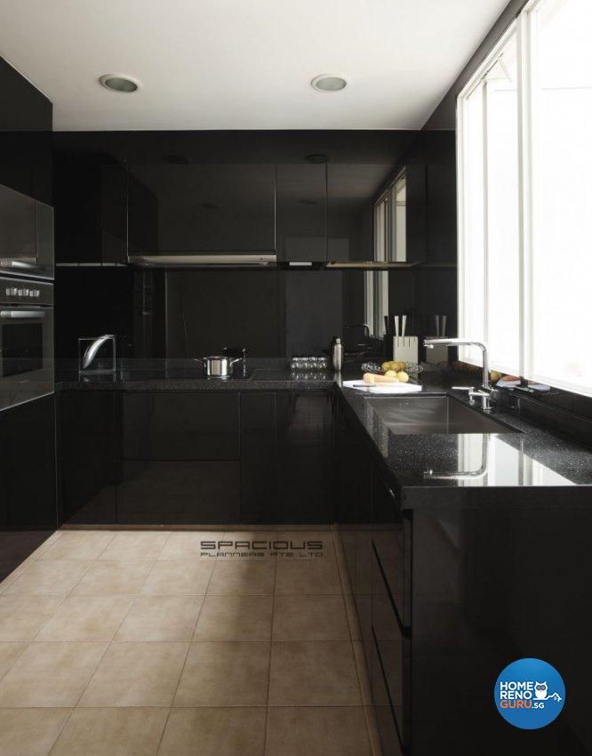 Contemporary, Minimalist, Modern Design - Kitchen - Condominium - Design by Spacious Planners Pte Ltd