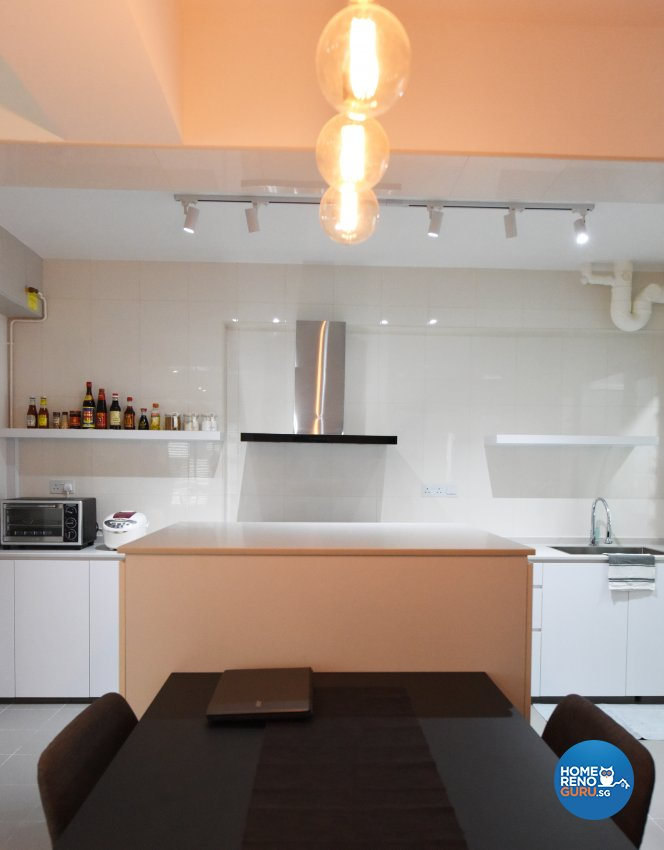 Industrial, Minimalist Design - Kitchen - HDB 5 Room - Design by Starry Homestead Pte Ltd