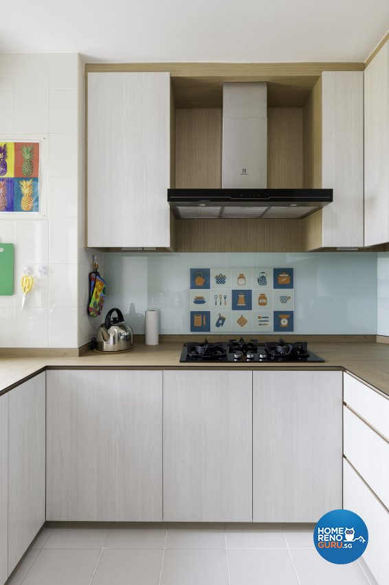 Scandinavian Design - Kitchen - HDB 3 Room - Design by Starry Homestead Pte Ltd