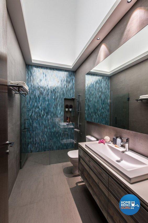 Modern Design - Bathroom - Landed House - Design by Summerhaus D'zign Pte Ltd