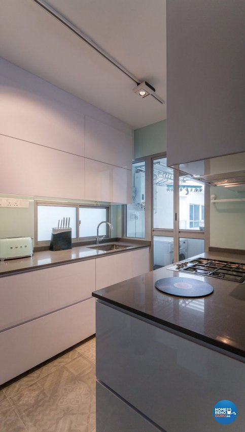 Contemporary, Modern Design - Kitchen - Others - Design by Swiss Interior Design Pte Ltd