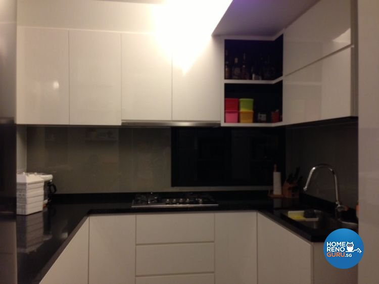 Contemporary, Modern Design - Kitchen - HDB 5 Room - Design by The Interarch Design Pte Ltd