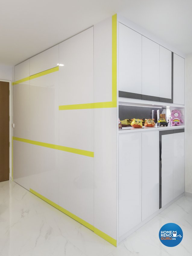 Tropical Design - Living Room - HDB 4 Room - Design by Trinity IDee Pte Ltd