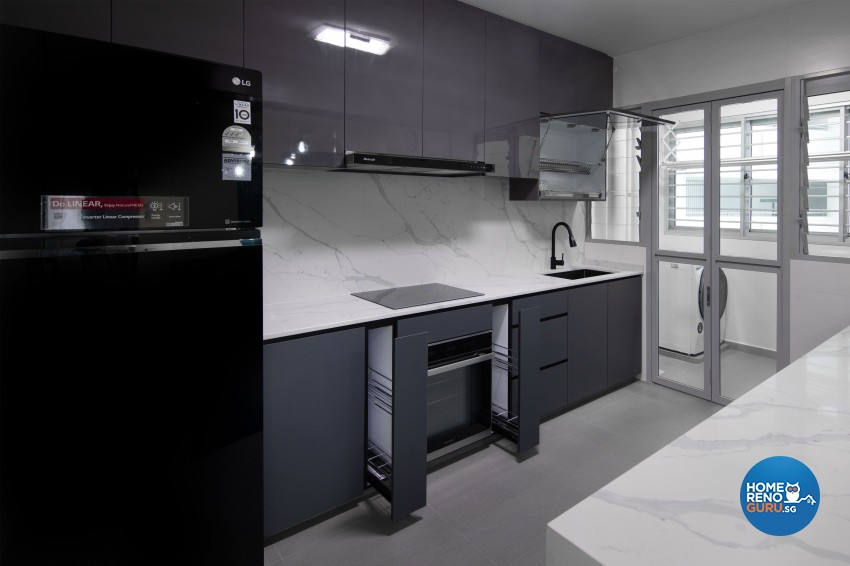 Modern Design - Kitchen - HDB 5 Room - Design by U-Home Interior Design Pte Ltd