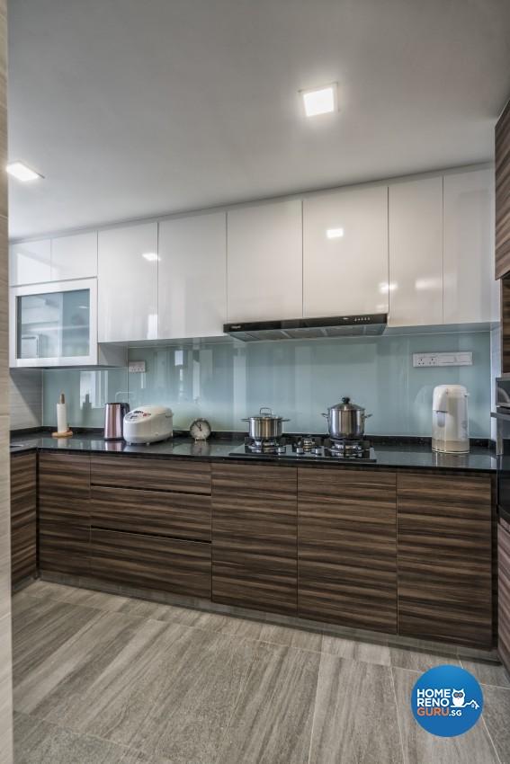 Modern Design - Kitchen - Condominium - Design by U-Home Interior Design Pte Ltd