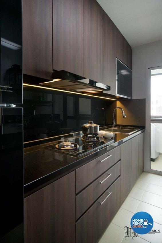 Contemporary Design - Kitchen - HDB 5 Room - Design by Urban Design House Pte Ltd