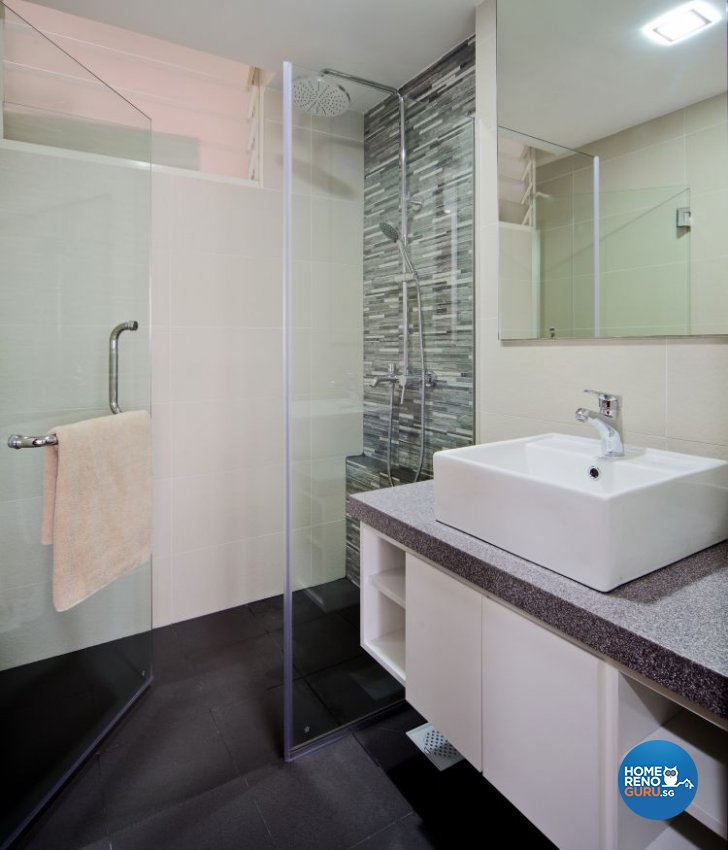 Contemporary, Minimalist Design - Bathroom - Condominium - Design by Vegas Interior Design Pte Ltd