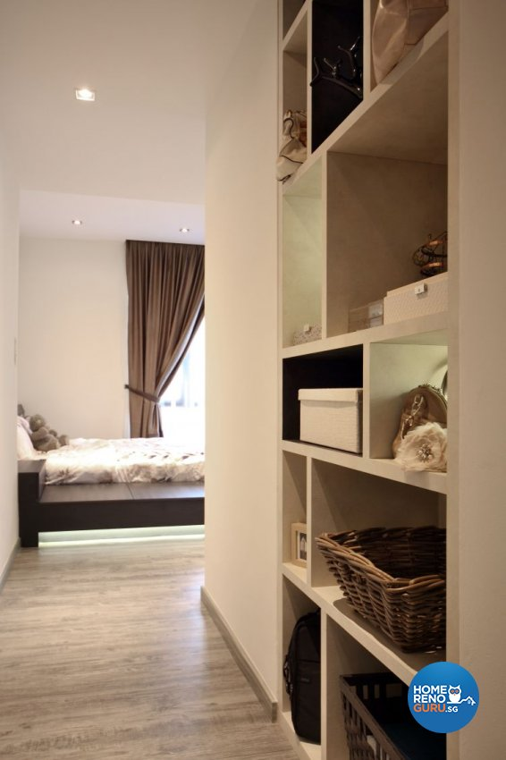Minimalist, Modern Design - Bedroom - Condominium - Design by WEDA StudioInc Pte Ltd