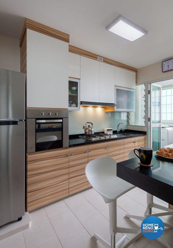 Minimalist Design - Kitchen - HDB 4 Room - Design by Weiken.com Design Pte Ltd