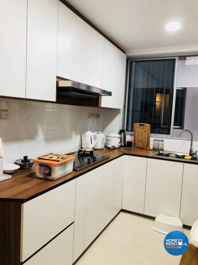 Modern Design - Kitchen - Condominium - Design by Weldas Wolfgang Pte Ltd
