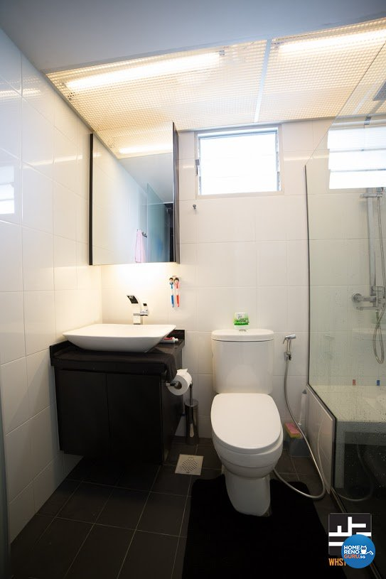 Contemporary, Minimalist, Modern Design - Bathroom - HDB 4 Room - Design by WHST Design