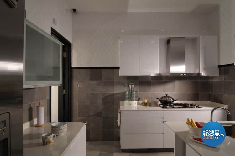 Contemporary, Minimalist, Tropical Design - Kitchen - Landed House - Design by Y-Axis ID