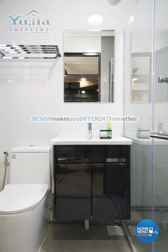 Contemporary Design - Bathroom - HDB 5 Room - Design by Yujia Interior Design Pte Ltd
