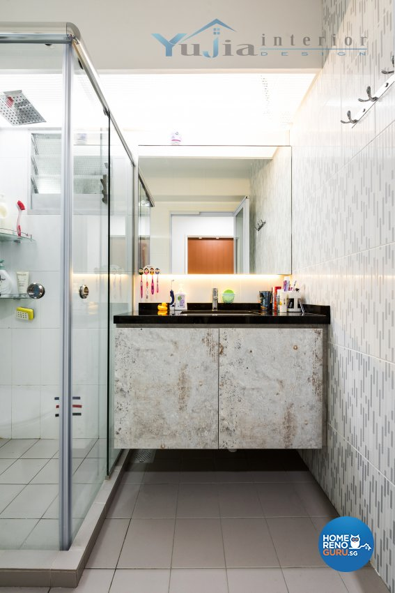 Contemporary Design - Bathroom - HDB 4 Room - Design by Yujia Interior Design Pte Ltd